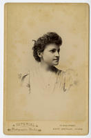 02.001.003 Unidentified portrait of woman