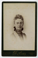 02.001.002 Unidentified portrait of woman