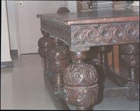 Elizabethan Table